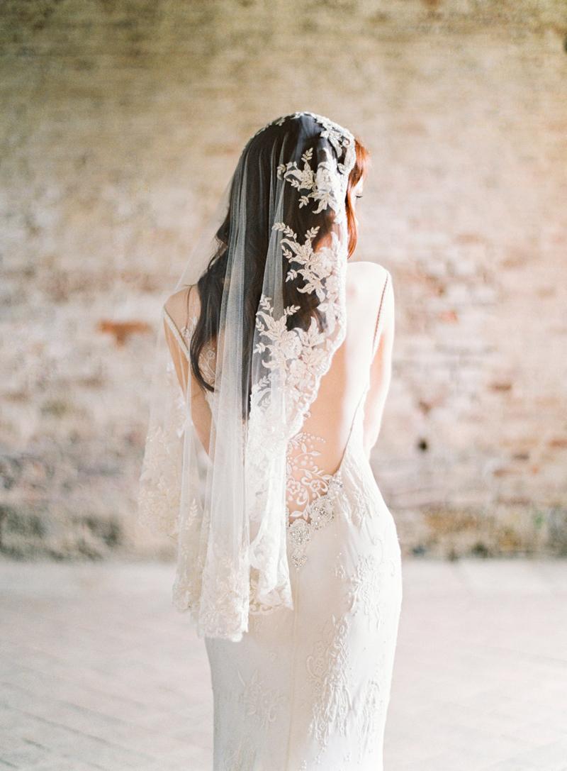 04-Beaded Lace Veil