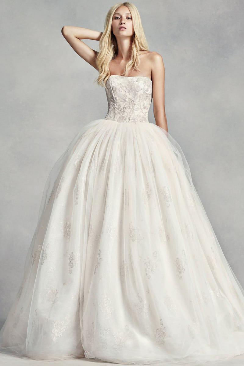 20 Quality Wedding Dresses Under $1000 Available Now! - Praise Wedding
