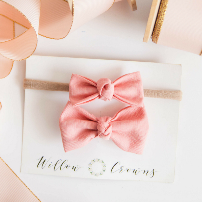 08-Blush Knotted Sister Bow Set