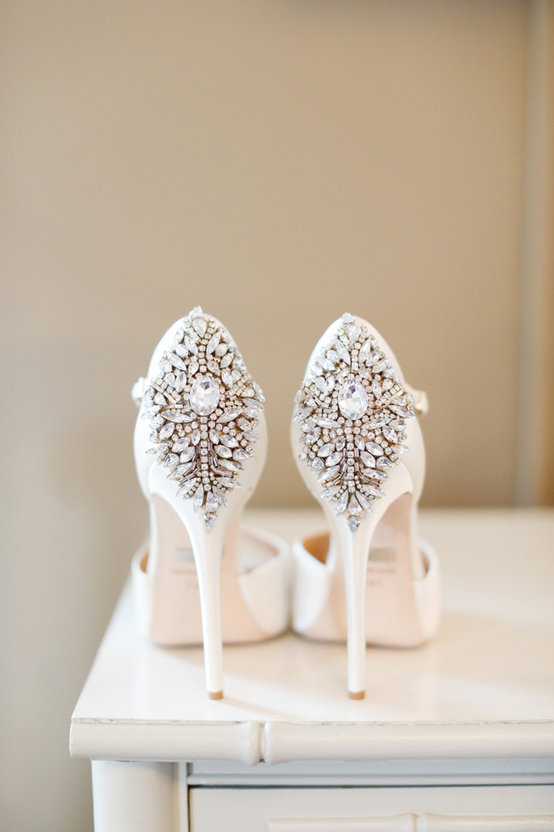 04-Badgley Mischka Crystal Embellished Pump(photo by Alison Conklin Photography)