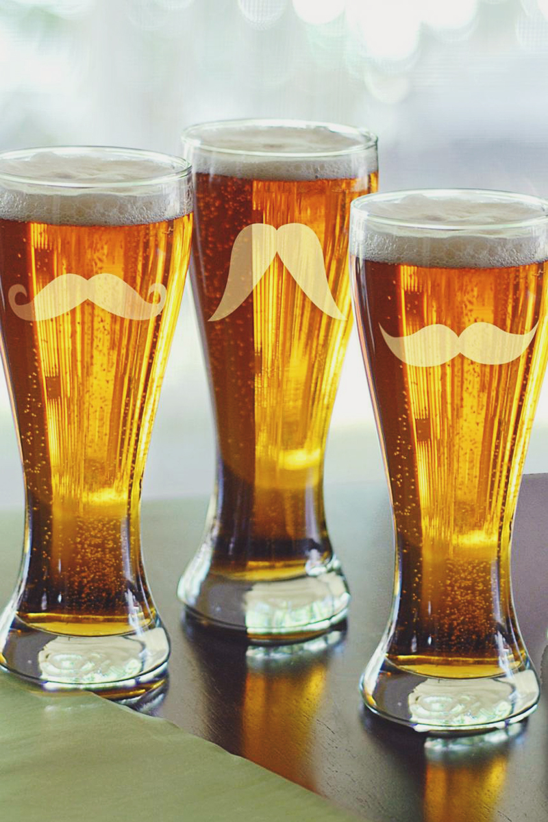 07-Mustache Pilsner Glasses
