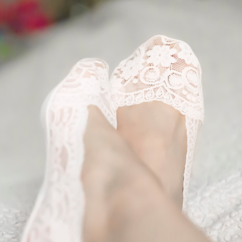 11-White Lace Heels Peep Socks