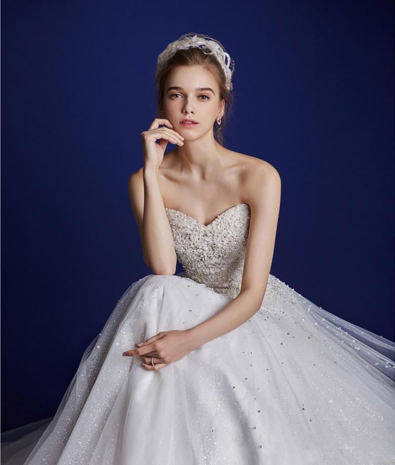 12-JubileeBride & Amoura LeeEunSuk121317 (dress)