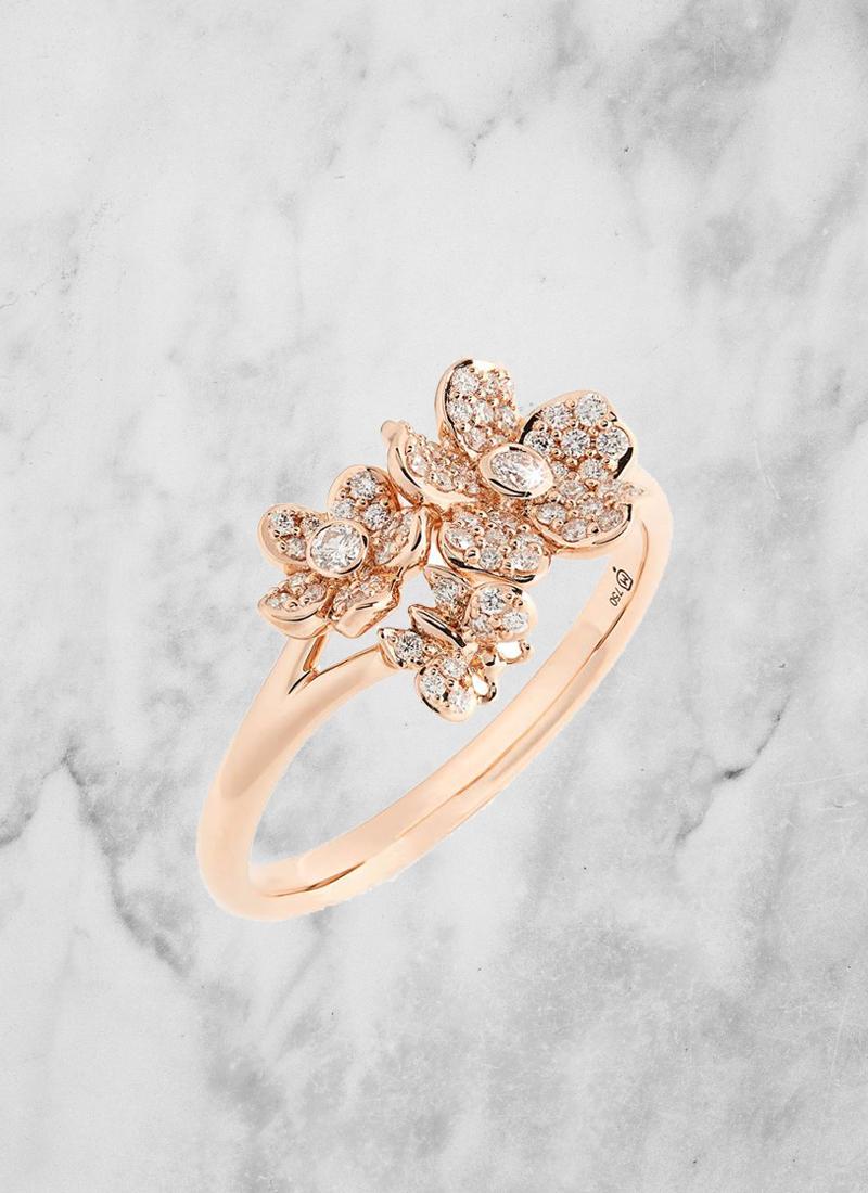 14 Vintage Inspired Flower Engagement Rings For Feminine