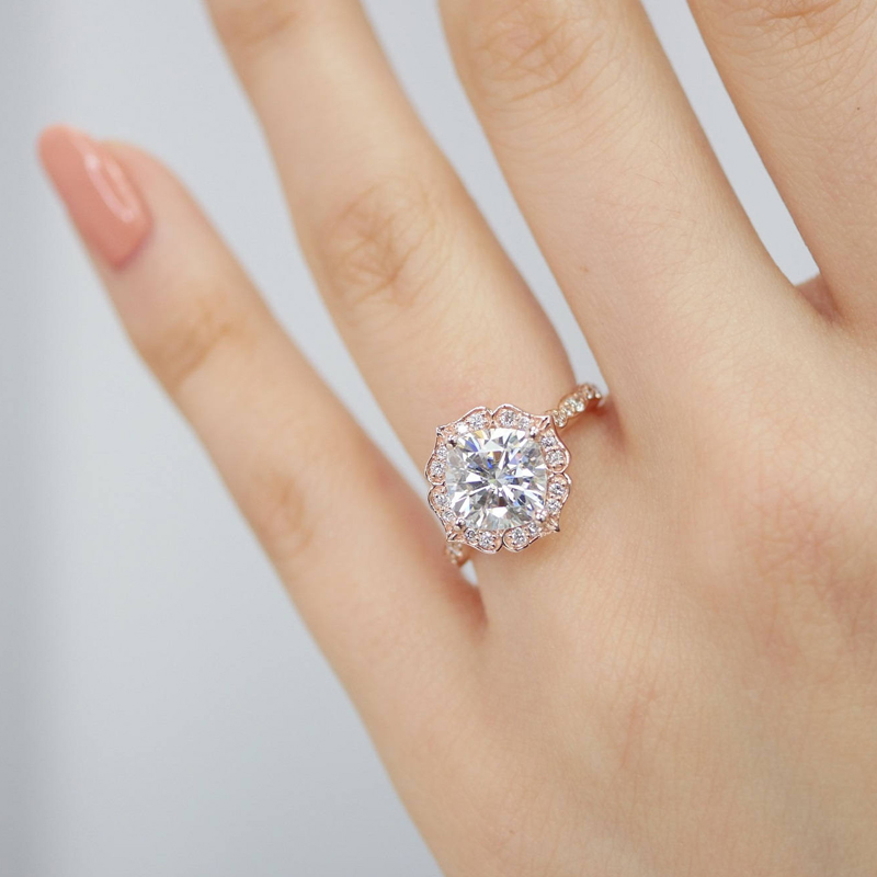 08--Floral Scalloped Engagement Ring