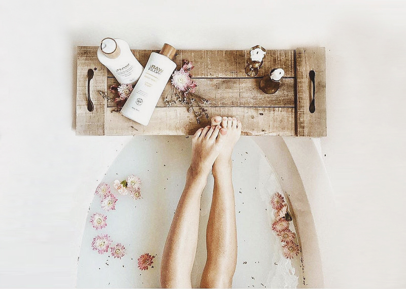02-Reclaimed Wood Bath Caddy