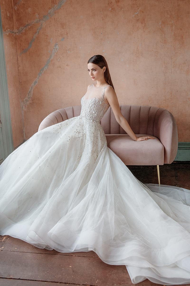 Romantic flowy wedding dress