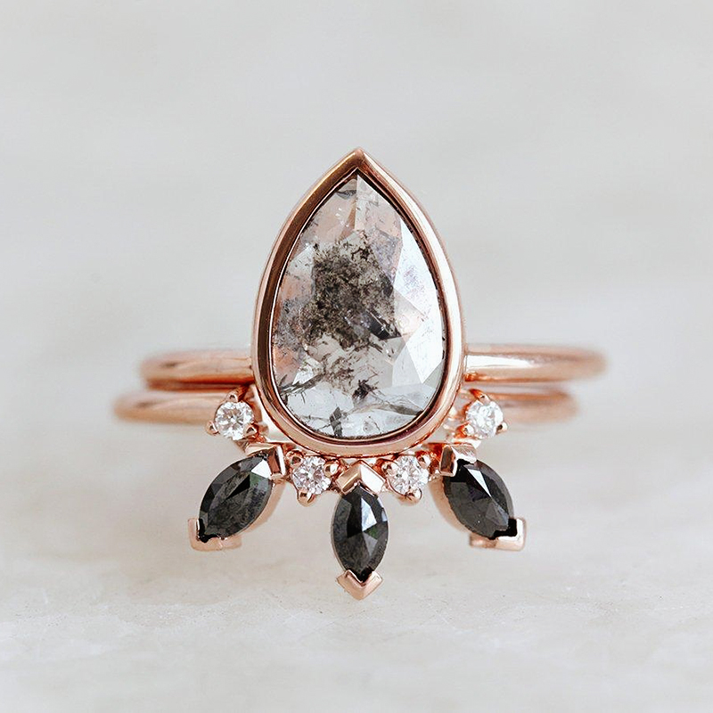 Gray Pear Black Diamond Ring Set