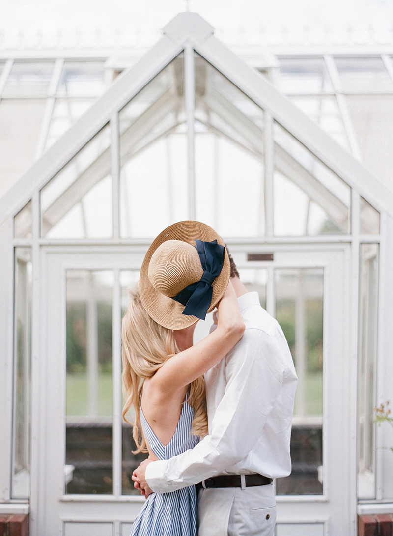 Insta-Worthy Engagement Photos